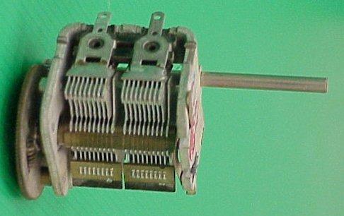החלפת הקבל הקבוע (C1) בקבל סיבובי